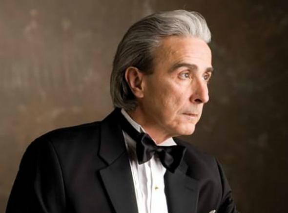 Pianista cubano-americano Santiago Rodríguez